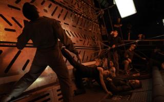 """《终结者:黑暗命运》展现爆表""""女性力量"""""""