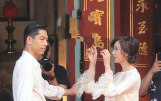 林志玲于台南市立美术馆与老公黑泽良平彩排婚礼