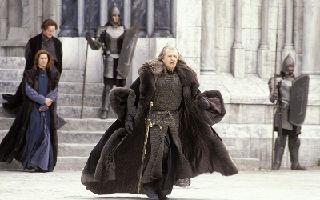 《指环王3》莱格拉斯贺阿拉贡封王