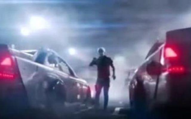 超燃的《头号玩家》追车片段,基拉的摩托车在里面太帅了!