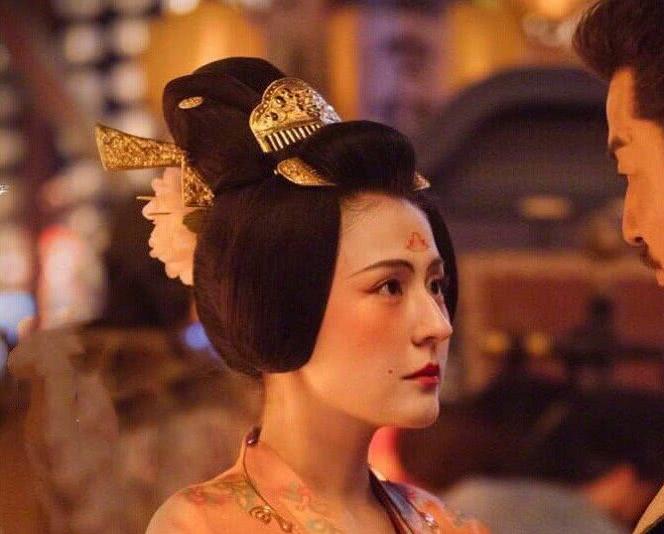 《长安十二时辰》大唐女子的妆容,非常惊艳