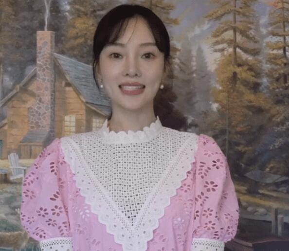 李小璐宣传新剧《读心》正式复出  网曝该剧由贾乃亮投资