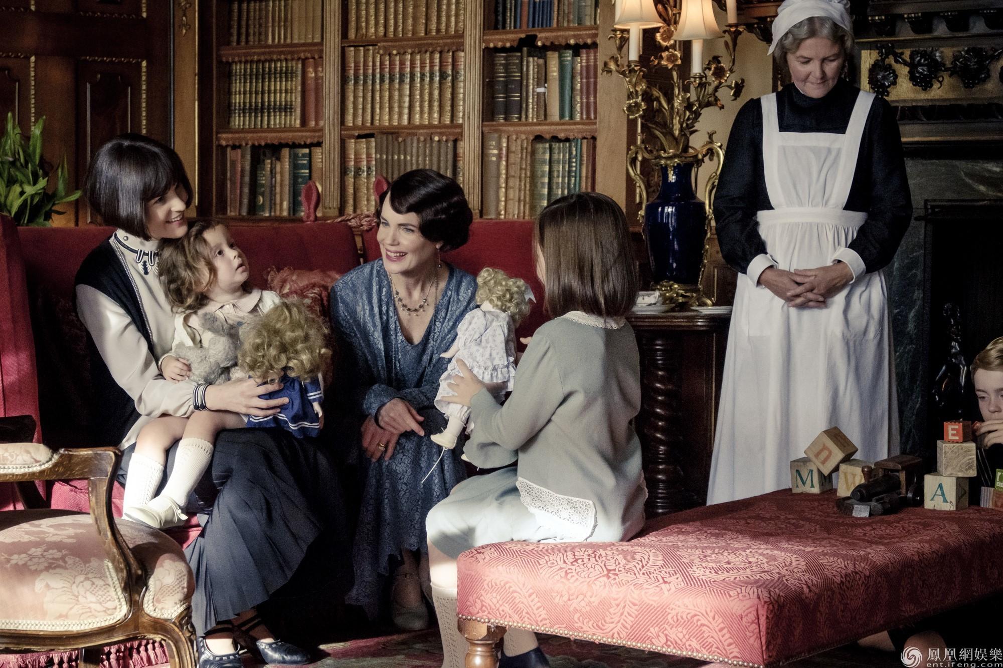 前路未知玛丽遇艰难抉择 电影《唐顿庄园》尽显温情