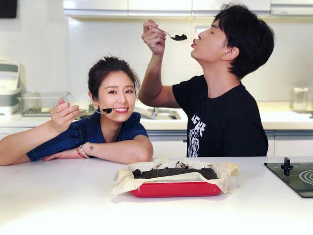 郑元畅邀请林心如上节目 称她为
