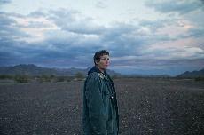 赵婷《无依之地》发布国际版预告,2月19日北美公映