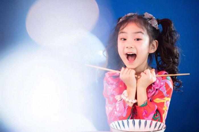 Lucky 6岁生日写真曝光 精灵可爱还越来越漂亮