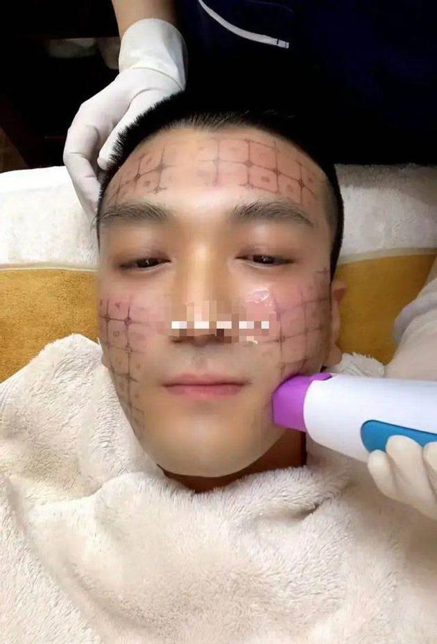 黄圣依老公自曝做美容 网友:娶女明星有危机感