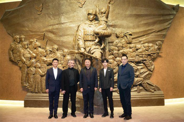 《长津湖》敬热血军魂纪念抗美援朝71周年