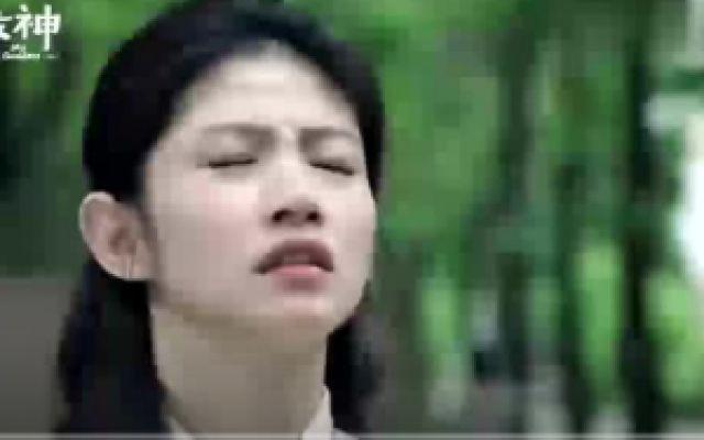 种菜女神:妹妹感到害怕的时候,姐姐就叫她唱歌