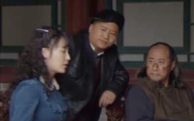 潘佳悦告知众人孝子牌宝藏的传说